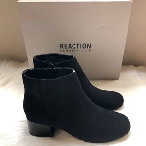 NEW Kenneth Cole Reaction Suede Ankle Boot⭐️